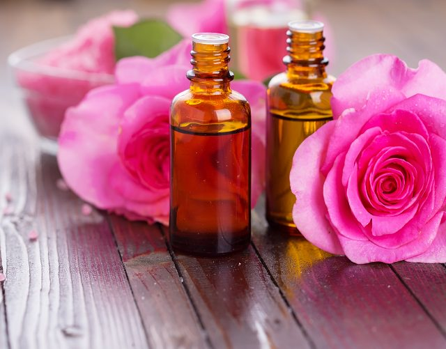 ways to use rose petals3