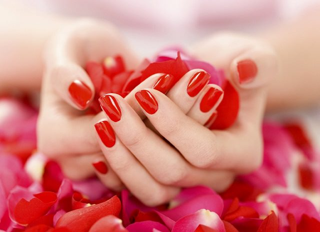 ways to use rose petals2