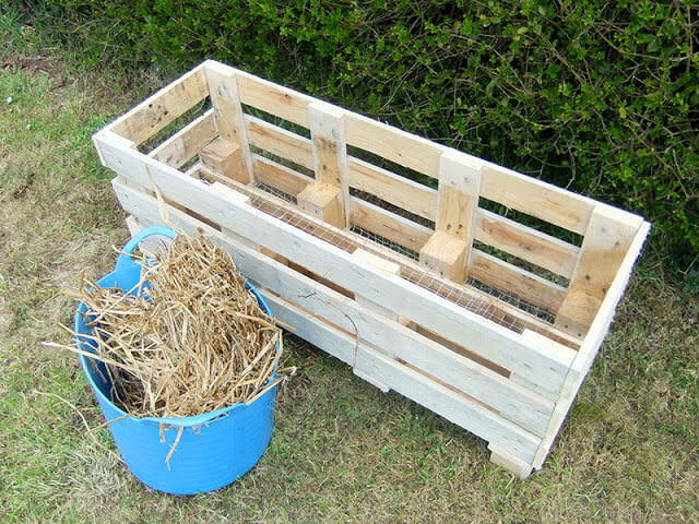 Strawberry-Pallet-Planter-7