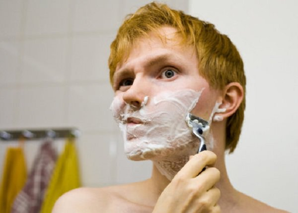 14. Shampoo works great as a shaving cream