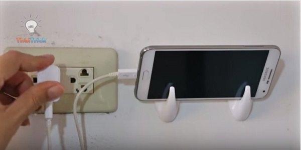 38. Phone charging station
