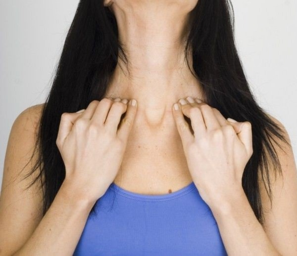 17. Collarbone Massage