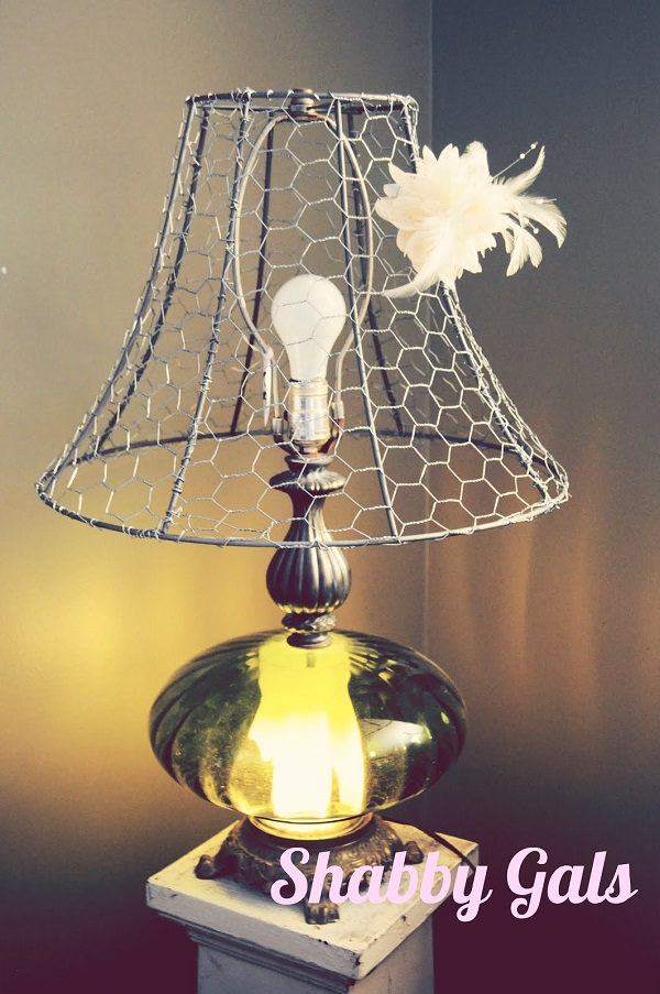 Charming Chicken Wire DIY Craft Ideas21