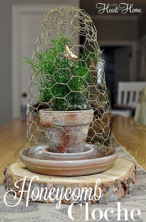 Charming Chicken Wire DIY Craft Ideas28