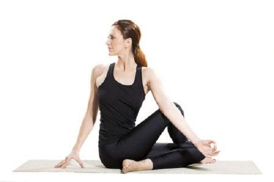 DIY Yoga Poses 8