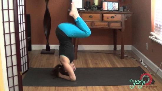 DIY Yoga Poses43