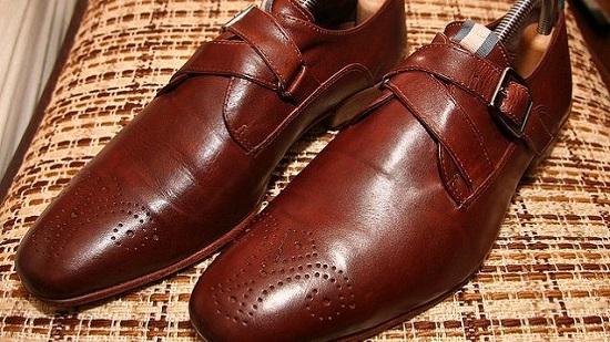 DIY Shoes Polish 8