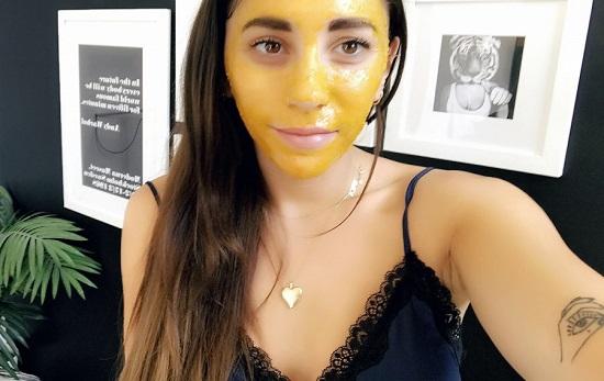 DIY Turmeric Face Mask Recipes 2