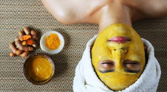 DIY Turmeric Face Mask Recipes 4