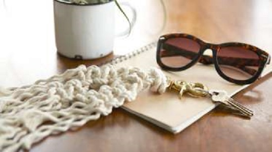 DIY Macrame key Chain Ideas 14