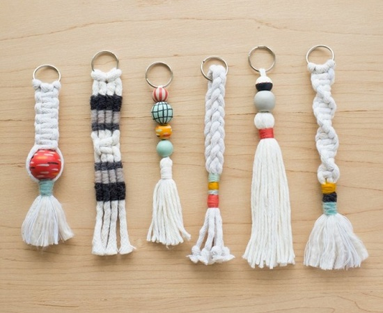 DIY Macrame key Chain Ideas 2