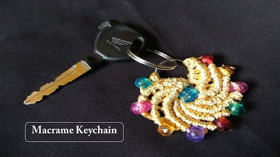 DIY Macrame key Chain Ideas 18