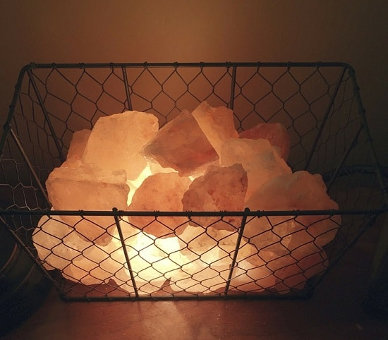 These DIY Himalayan Salt Lamps provide not only decorative lighting but also promote deep sleep, soothe allergy and purify the air around you.