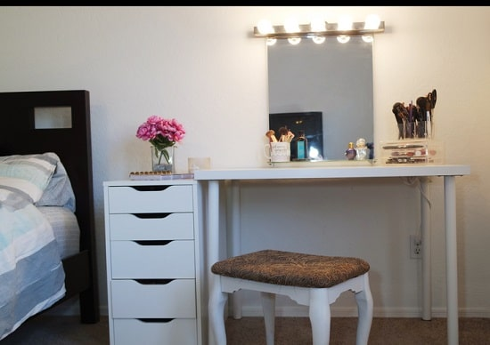 Cool 53 Diy Makeup Vanity Ideas From Repurposed Items Bright Andrewgaddart Wooden Chair Designs For Living Room Andrewgaddartcom