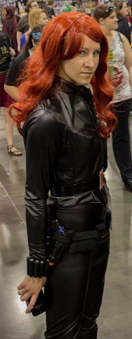 Black Widow Costume DIY3