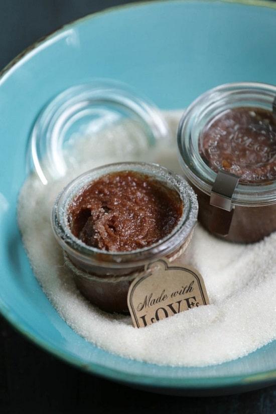 DIY Lip Scrub Without Honey5