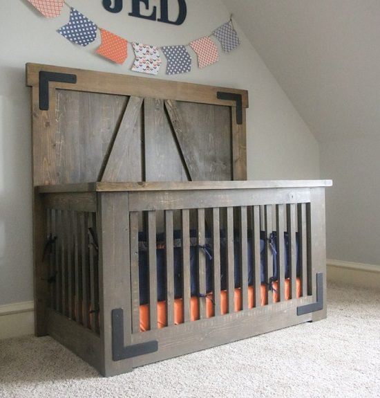 Farmhouse Bed DIY