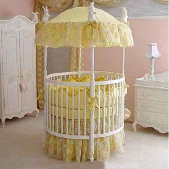 Rounded Canopy Baby bed