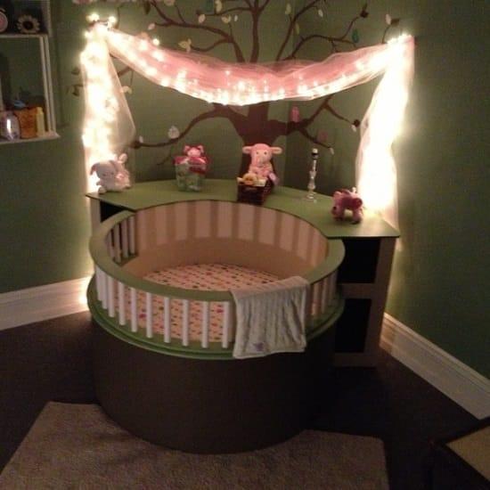 DIY Circle Crib