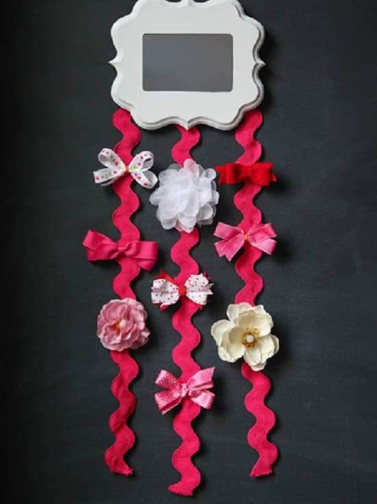 DIY Mirror Hair Bow Holder