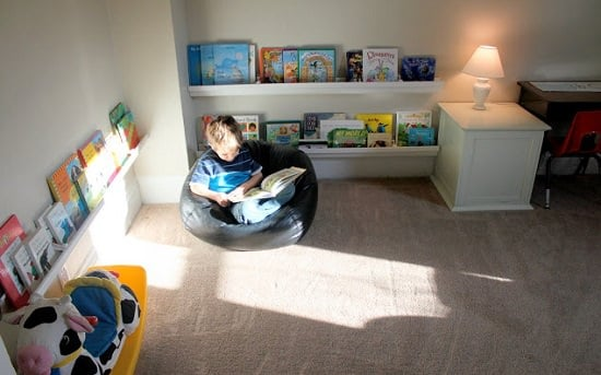 DIY Kids' Bookshelf Ideas1