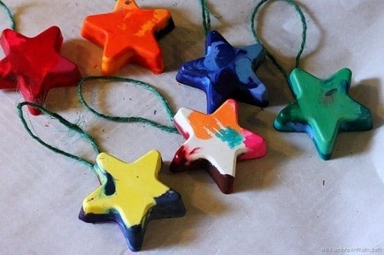 DIY Melted Crayon Ornaments5
