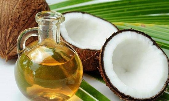 DIY Coconut Oil And Honey Hair Mask1