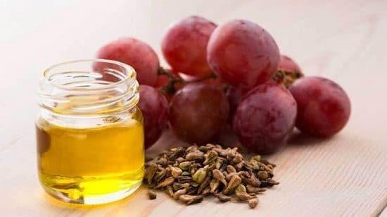 Does Grape Seed Oil Help Eyelashes Grow
