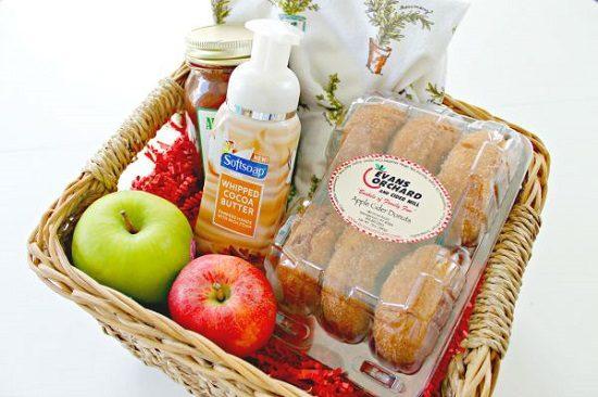 DIY Fall Gift Basket Ideas2