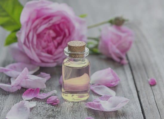 Essential Oils For Skin Lightening3