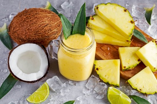 Coconut, Pineapple, and Cinnamon Shake