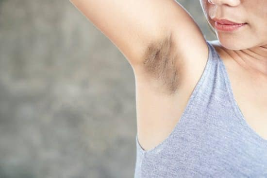 How to Get Rid of Dark Underarms With Toothpaste1