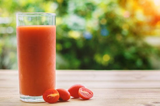 Tomato Juice For Under Arms