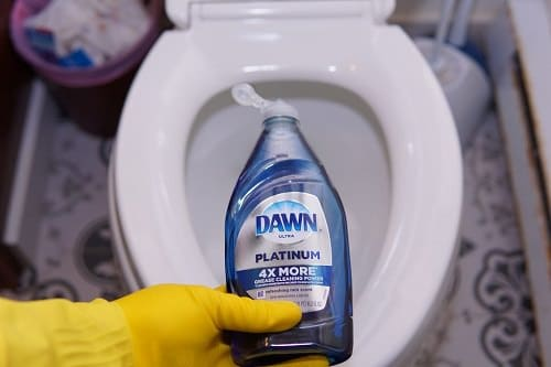 Dawn Dish Soap to Remove Hair Dye3