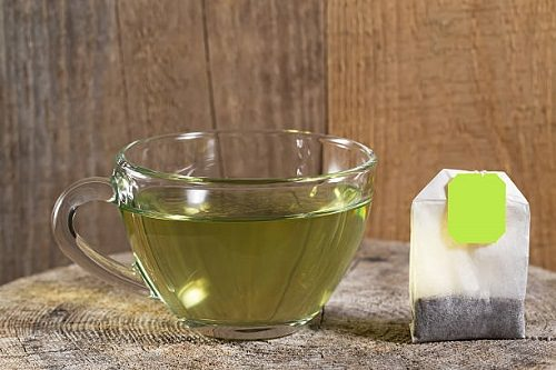 Does Green Tea Help Eyelashes Grow1
